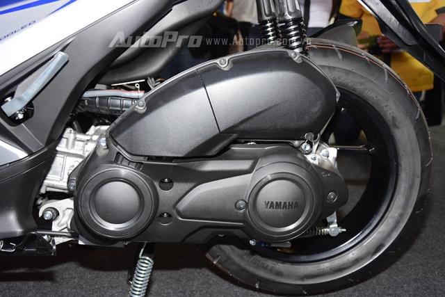 Yamaha NVX 155 sử dụng động cơ BlueCore 155 phân khối, làm mát bằng chất lỏng, SOHC, phun nhiên liệu.