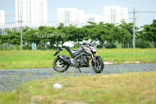Đây cũng là mẫu xe thứ 3 được Yamaha Việt Nam nhập khẩu trực tiếp từ thị trường nước ngoài sau FZ150i và YZF-R3. Theo Yamaha Việt Nam, TFX150 được nhập khẩu từ Indonesia.