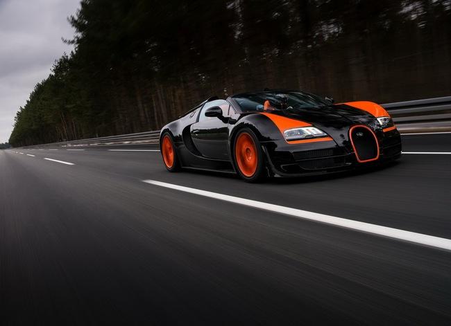 Xem Veyron Grand Sport Vitesse lập kỷ lục tốc độ 4