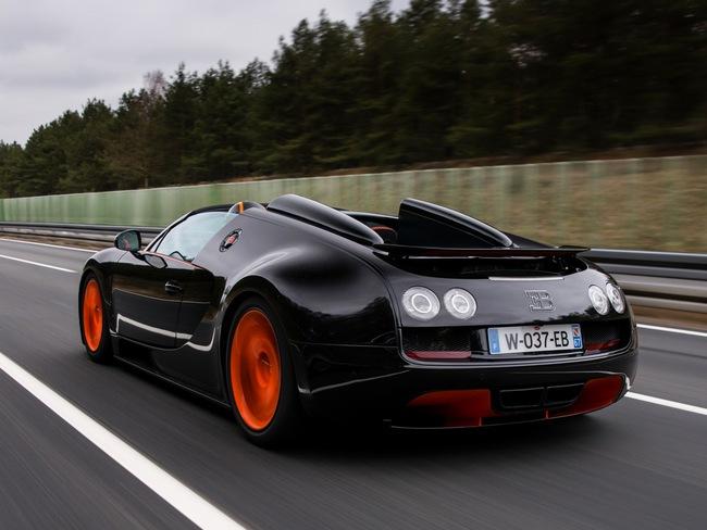 Xem Veyron Grand Sport Vitesse lập kỷ lục tốc độ 8