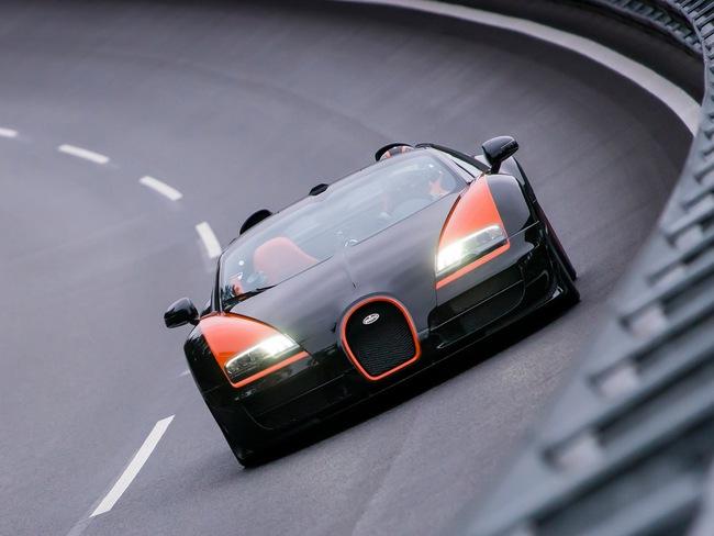 Xem Veyron Grand Sport Vitesse lập kỷ lục tốc độ 10