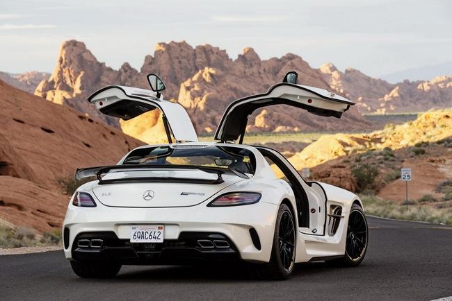 Mercedes-Benz công bố giá bán SLS AMG GT và Black Series tại Anh quốc 3
