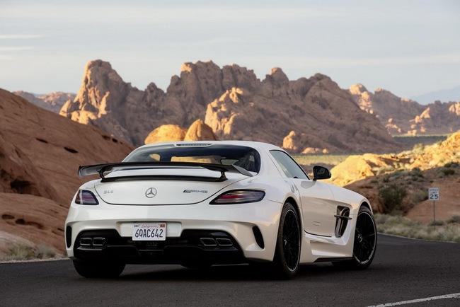 Mercedes-Benz công bố giá bán SLS AMG GT và Black Series tại Anh quốc 6
