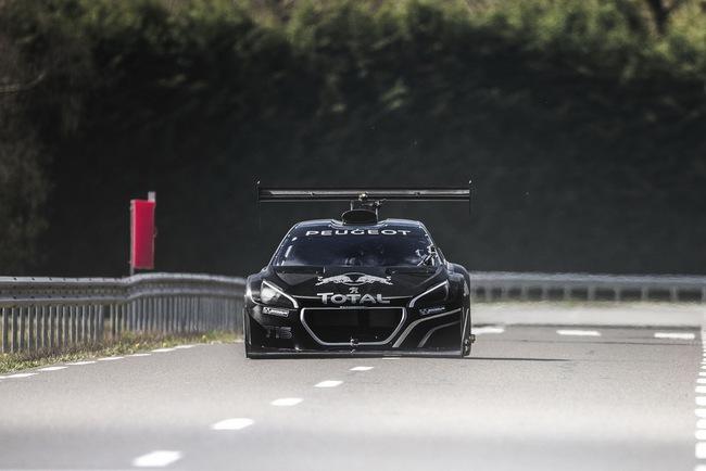 Peugeot 208 T16: Bugatti Veyron SuperSport không phải đối thủ 6