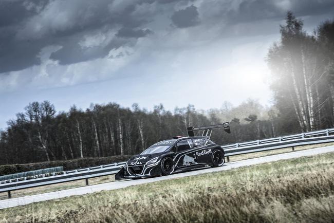 Peugeot 208 T16: Bugatti Veyron SuperSport không phải đối thủ 9