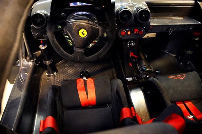 Rao bán Ferrari Enzo và FXX hàng độc của Michael Schumacher 4