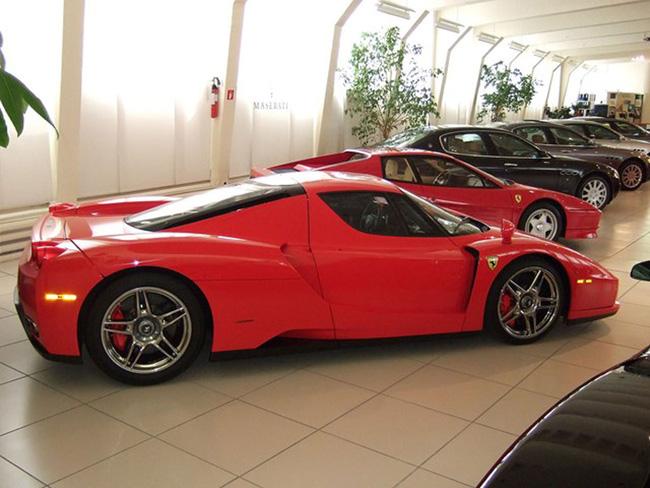 Rao bán Ferrari Enzo và FXX hàng độc của Michael Schumacher 6