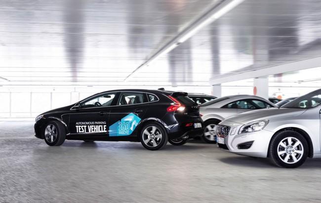Volvo khoe hệ thống đỗ xe không cần người lái 2