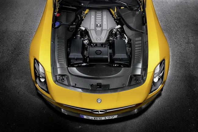 Công bố giá bán Mercedes-Benz SLS AMG Black Series 4