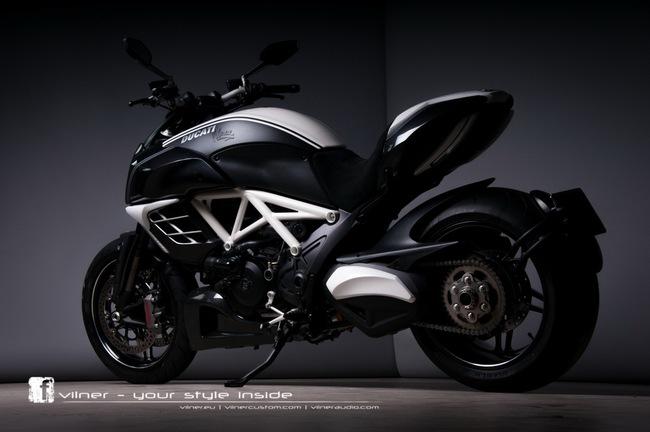 Ducati Diavel AMG độ độc nhất của Vilner 2