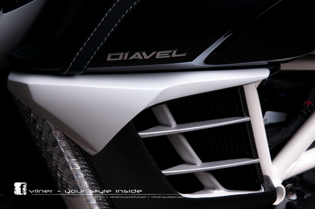 Ducati Diavel AMG độ độc nhất của Vilner 10