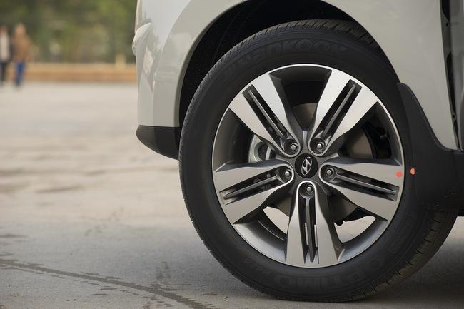 Hyundai Tucson 2014 ra mắt, giá từ  935 triệu Đồng 4