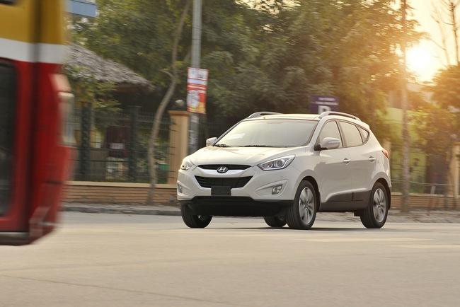 Hyundai Tucson 2014 ra mắt, giá từ  935 triệu Đồng 9