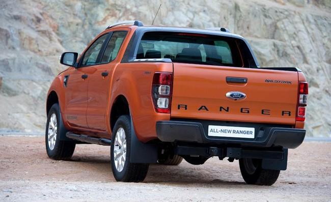 Hé lộ Ford Ranger Wildtrak 3.2L AT sắp về Việt Nam 3
