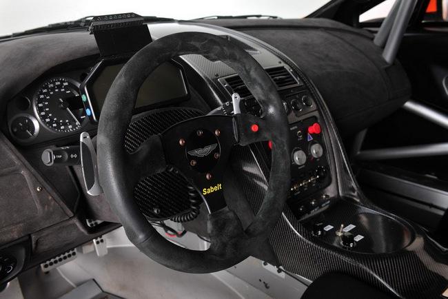 Jota Racing ra mắt xế đua Aston Martin Vantage GT2 8