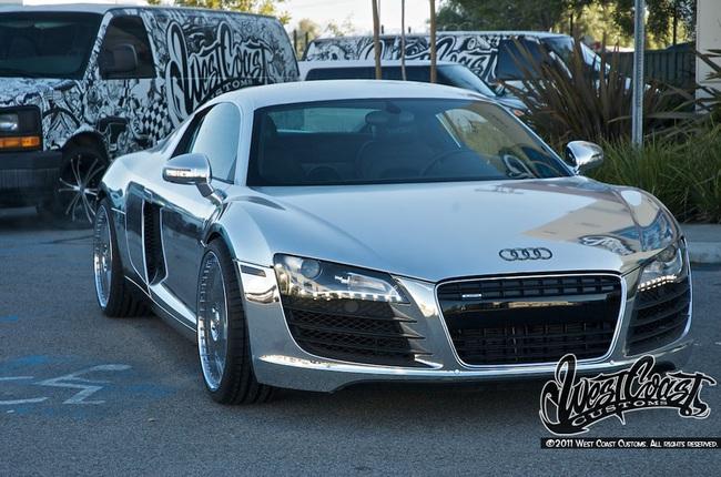 """Audi R8 độ phong cách """"Tron Legacy"""" 2"""