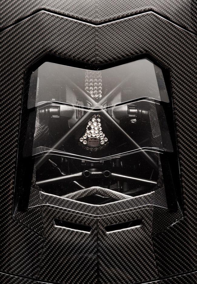 Lamborghini Aventador phiên bản vàng tăng giá lên 10,5 triệu Euro 9
