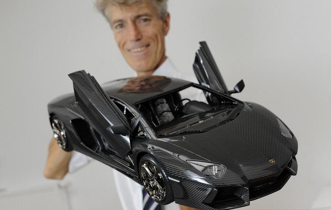 Lamborghini Aventador phiên bản vàng tăng giá lên 10,5 triệu Euro 12