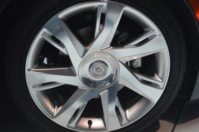 Cadillac ELR Coupe: Sẵn sàng để chinh phục 29