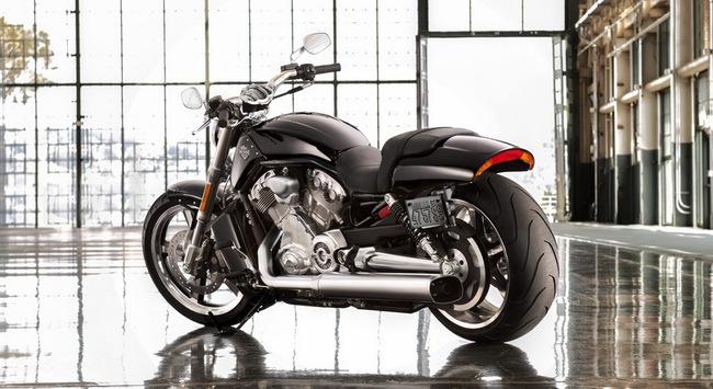 """Harley-Davidson V-Rod Muscle – """"Đẹp trai nhưng lạnh lùng"""" 13"""