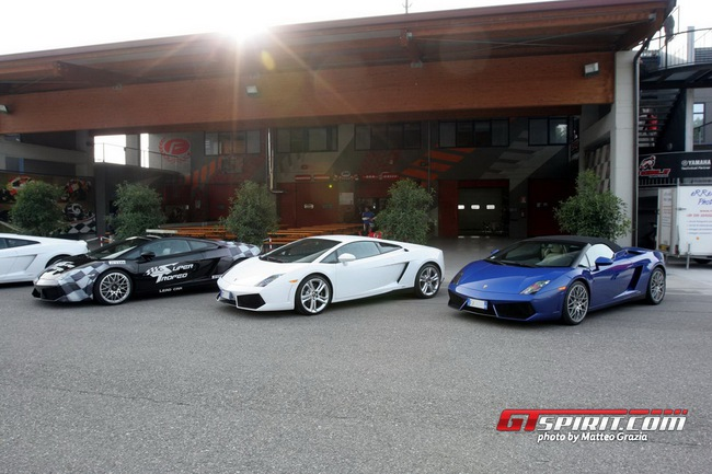 Lamborghini tổ chức offline đầu năm 3