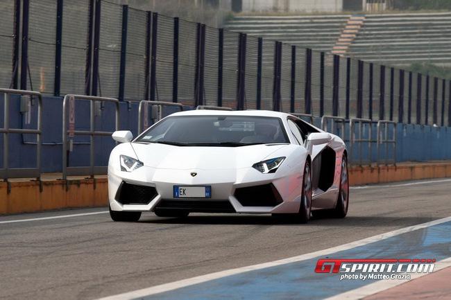 Lamborghini tổ chức offline đầu năm 7