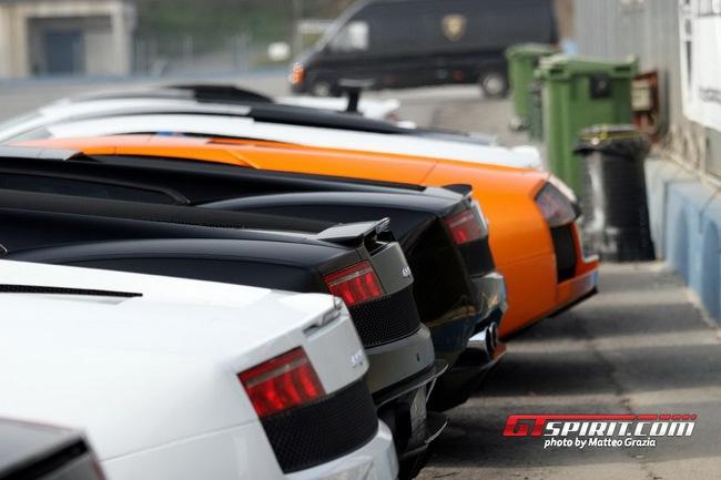 Lamborghini tổ chức offline đầu năm 16