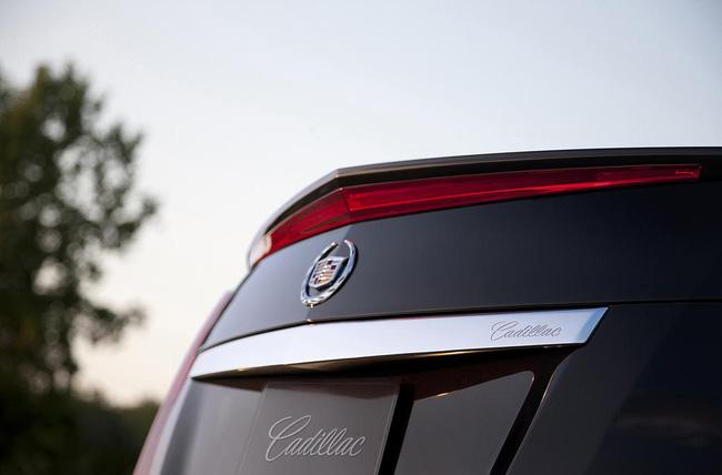 Cadillac khoe cabin ELR 7