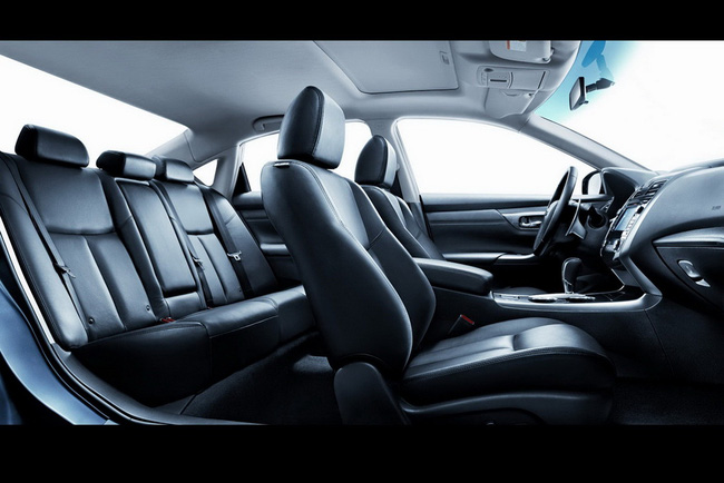Nissan Teana 2013 ra mắt tại Trung Quốc, Audi A3 có thêm động cơ mới 3
