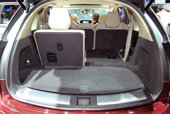 Acura MDX 2014: Tăng kích thước nhưng nhẹ hơn 35