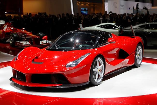 Pirelli phát triển lốp đặc biệt cho LaFerrari 6