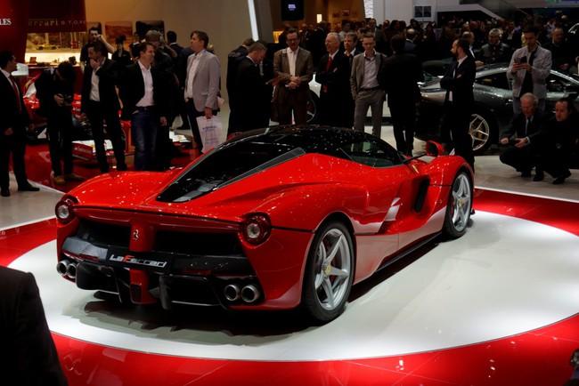 Pirelli phát triển lốp đặc biệt cho LaFerrari 8