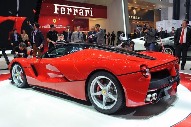 Pirelli phát triển lốp đặc biệt cho LaFerrari 12
