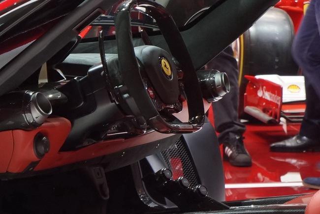 Pirelli phát triển lốp đặc biệt cho LaFerrari 15
