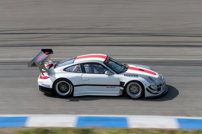 Porsche 911 GT3 R: Lần cuối cho Porsche 997 5