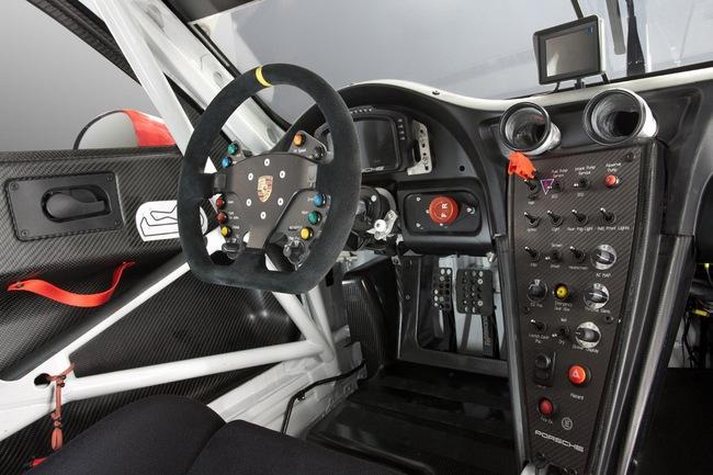 Xế đua Porsche 911 RSR 2013 chính thức trình làng 5