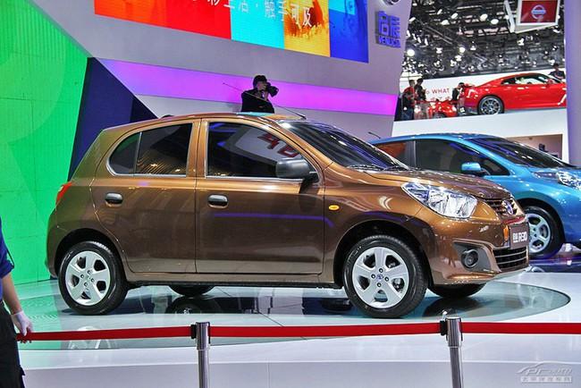 Venucia R30 - Xe liên doanh siêu rẻ của Nissan 1