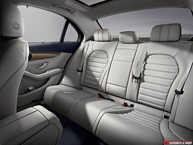 Mercedes-Benz C-Class kéo dài: Nhấn mạnh vào khoang nội thất VIP 3