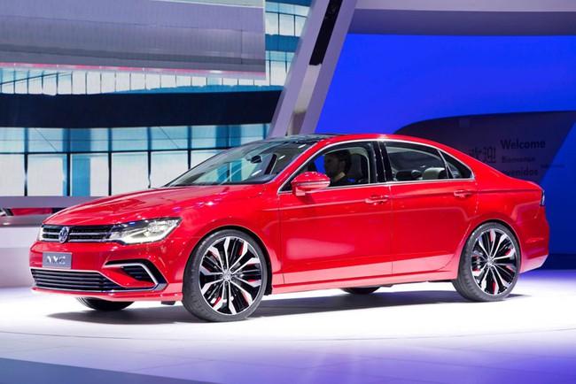 Mercedes-Benz CLA gọi, Volkswagen New Midsize Coupe trả lời 5