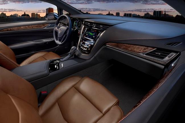 Cadillac ELR có giá từ 75.995 USD 3