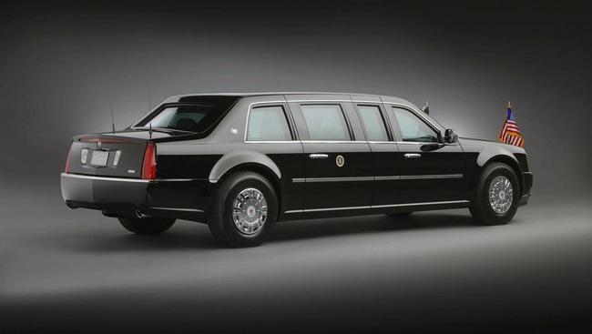 """Lộ chi tiết """"siêu limousine"""" của Tổng thống Obama 3"""