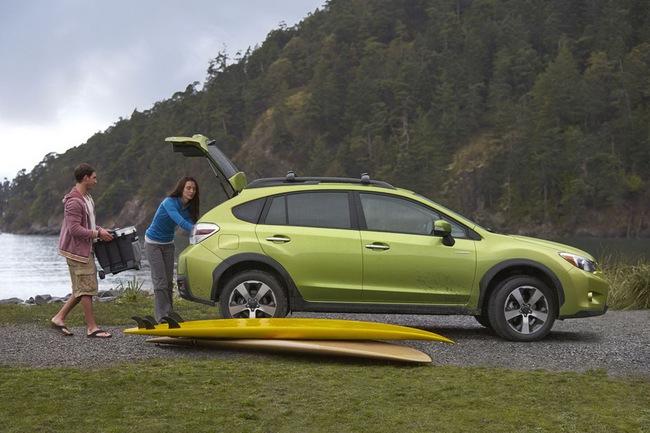 Subaru XV Crosstrek Hybrid có giá từ 25.995 USD 5