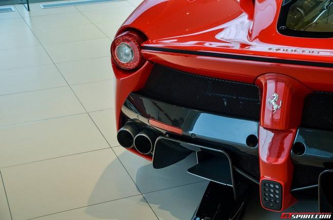 Siêu xe Ferrari LaFerrari đầu tiên đến Bỉ 19
