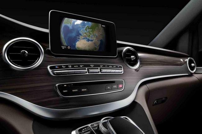 Mercedes-Benz hé lộ hình ảnh V-Class 2014 6