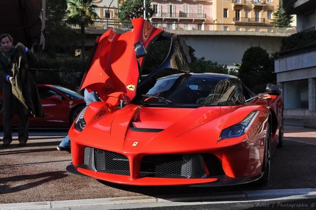 Alonso và Raikkonen sẽ được tặng siêu xe LaFerrari nếu vô địch F1 1