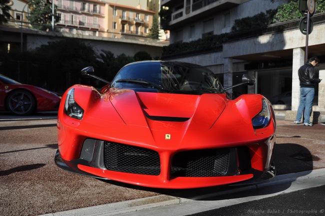 Alonso và Raikkonen sẽ được tặng siêu xe LaFerrari nếu vô địch F1 2