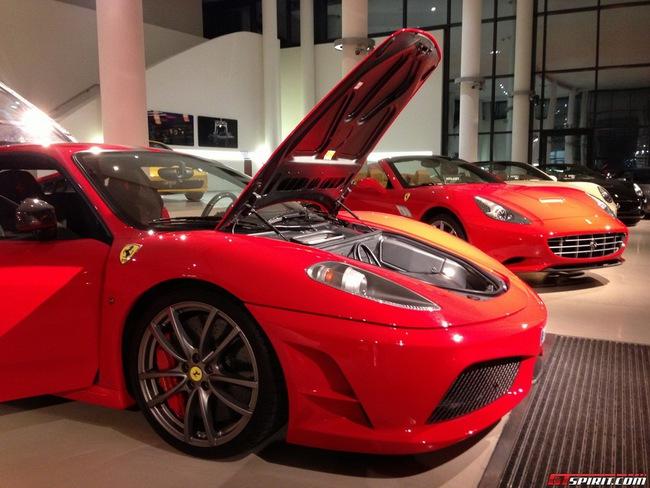 Siêu xe Ferrari 430 Scuderia của Michael Schumacher được rao bán 4