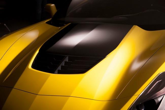 Chevrolet Corvette Z06 2015: Đẹp và cực kỳ mạnh mẽ 15