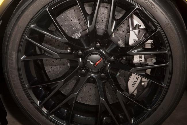 Chevrolet Corvette Z06 2015: Đẹp và cực kỳ mạnh mẽ 17