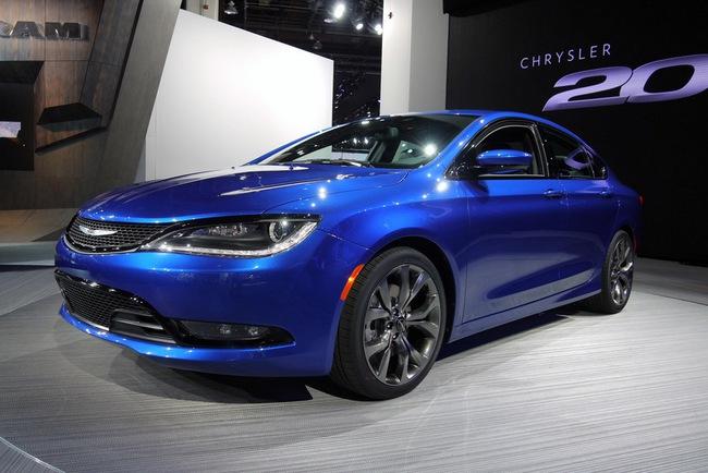Chrysler 200 2015 chính thức trình làng với diện mạo mới 5